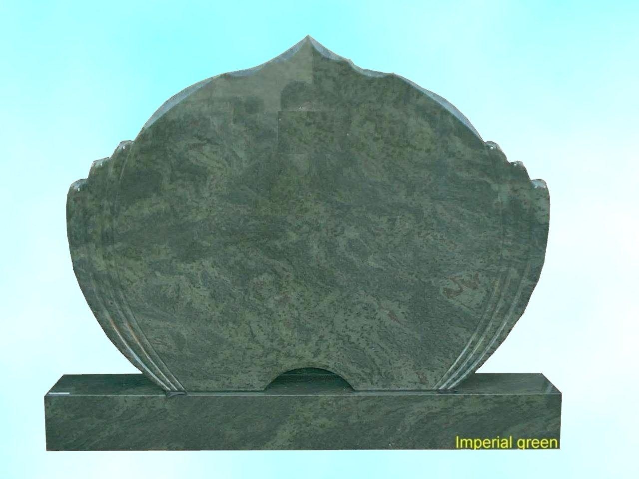 Grabanlage aus Granit Imperial grün poliert